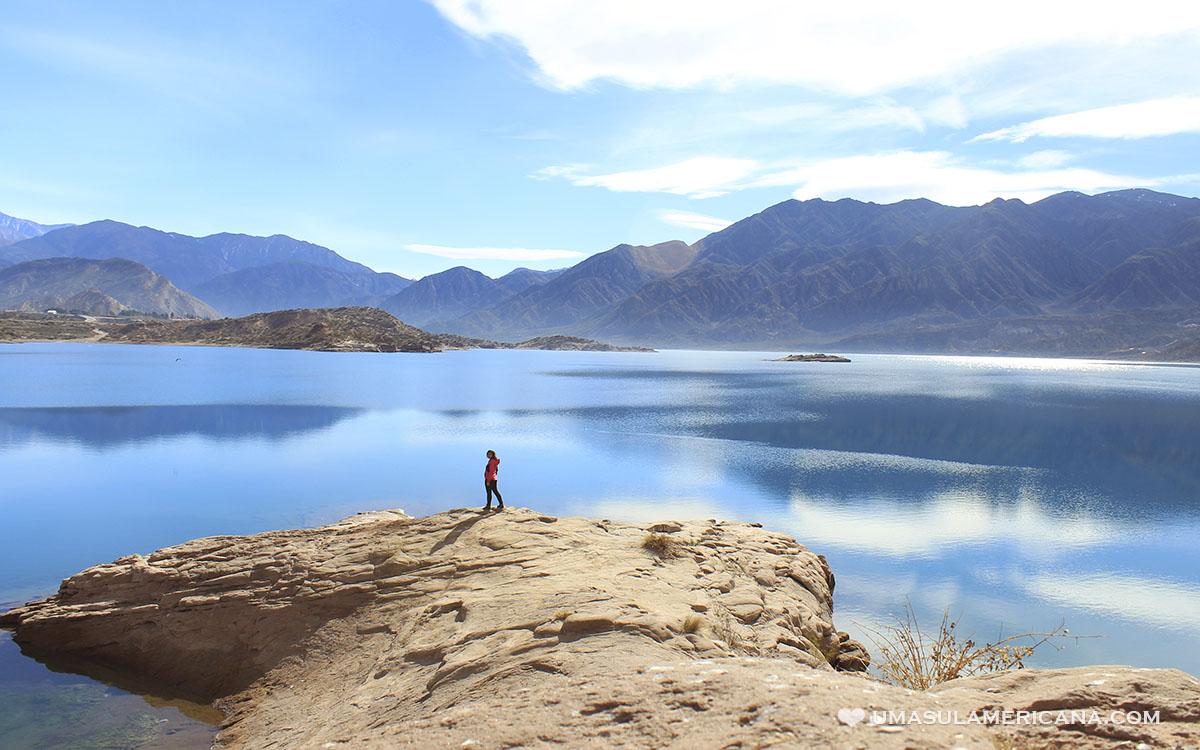 Lago Potrerillos perto de Mendoza
